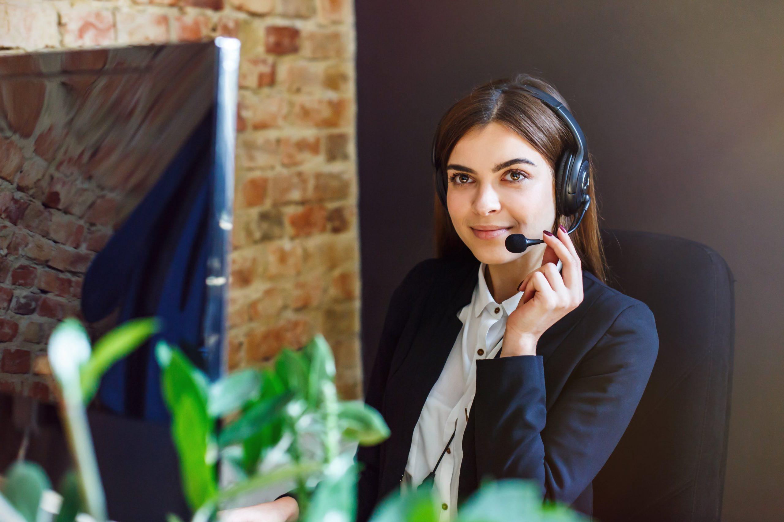 Chăm sóc khách hàng và khuyến mãi của sàn Sfuture Tech